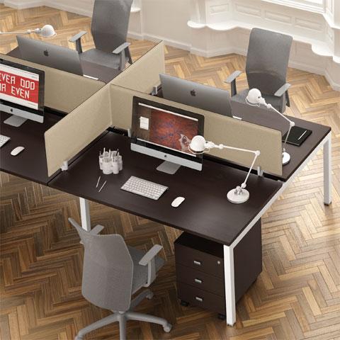 Scrivanie Per Ufficio Roma.Scrivania Swing 5050 4 Postazioni Con Softscreen Salone